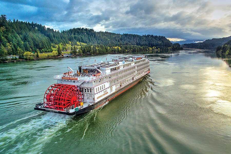 River Cruise Boat American Empress in The Dalles Oregon