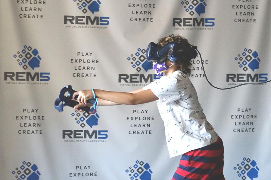 REM5 Virtual Reality Gaming Group Fun Activites in Minneapolis