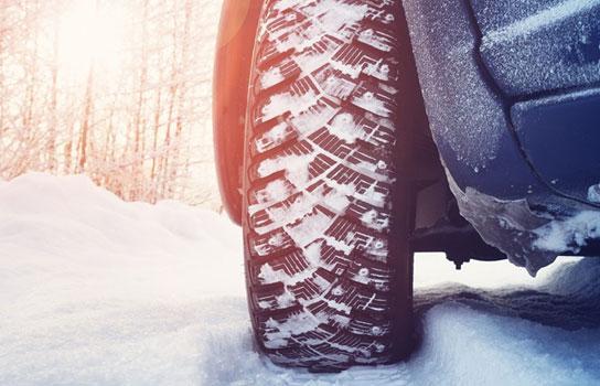 AAA Minneapolis tow trucks battery jump starts flat tire service in Hennepin County MN